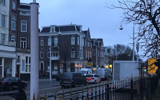 Ontploffing Bij Coffeeshop In De Linnaeusstraat, 500 Meter Van Politiebureau
