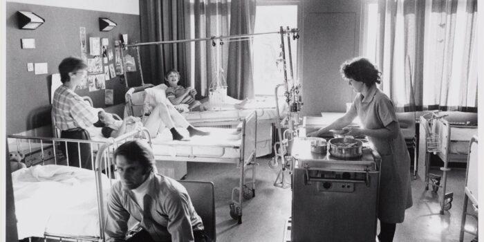 Al Sinds 1865 Helpt Het Emma Kinderziekenhuis De Kleinsten In De Samenleving.