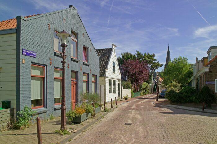 Bewoners En Omwonenden Van De Nieuwendammerdijk Vrezen Overlast.