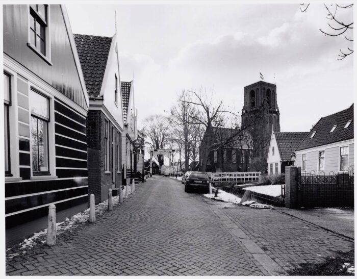Er Is Heibel Over De Nieuwbouw Van De School In Ransdorp.