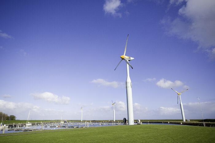 De Gemeenteraad Wil Het Onderzoek Naar Locaties Voor Windmolens Voortzetten…