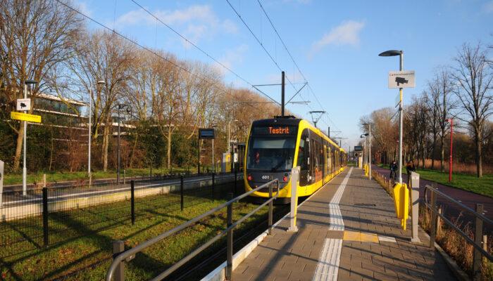 Tram Van Uithoflijn Kampt Met Vierkante Wielen
