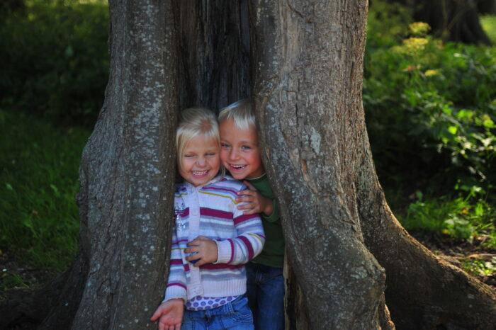 In Het Tiny Forest Bij Het Biervlietplein Leren Kinderen Over De Natuur.