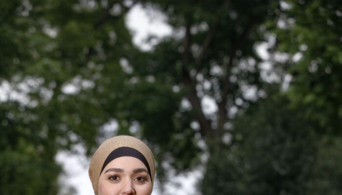 Wethouder Esmah Lahlah Leeft Maand Van De Bijstand