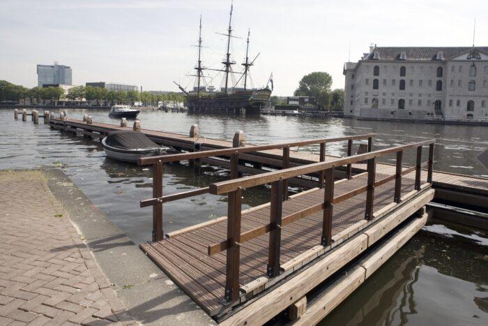 VOC-schip Amsterdam Ligt Weer Op De Vaste Plek.