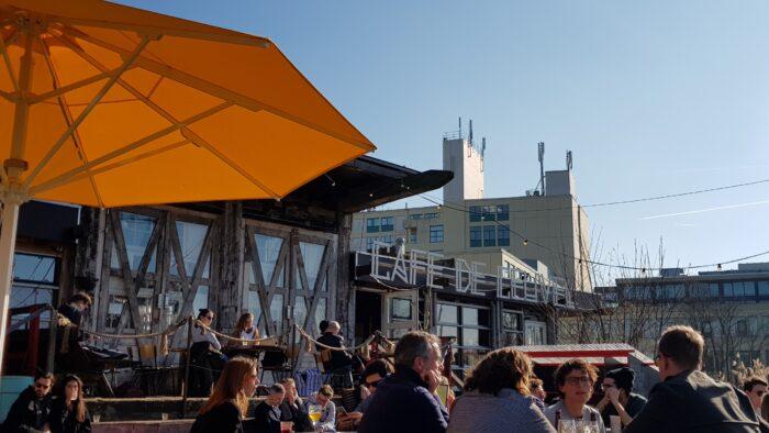 Café De Ceuvel In Betere En Drukkere Tijden.