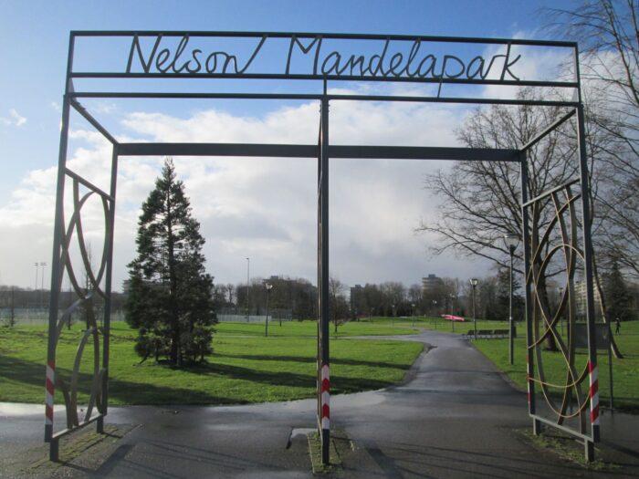 In Het Nelson Mandelapark Is De Gift Of Colour-tuin Geopend.