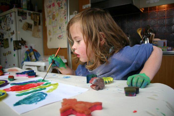 Kinderen Maakten Kunst Voor De Opvanglocatie Aan De Anderlechtlaan.