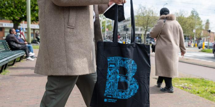 Bibliotheken In Den Haag Openen Na De Lockdown Weer Langzaam Hun Deuren.