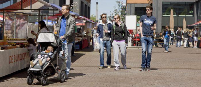 De Pure Markt Op Het Gershwinplein.
