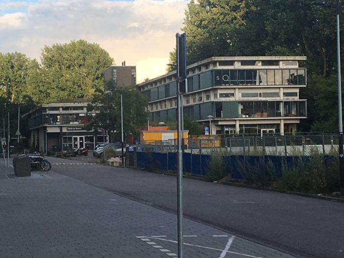 Het Old School-gebouw Zal Worden Gesloopt.